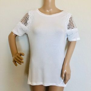 Elie Tahari White Shoulder lace top T-shirt